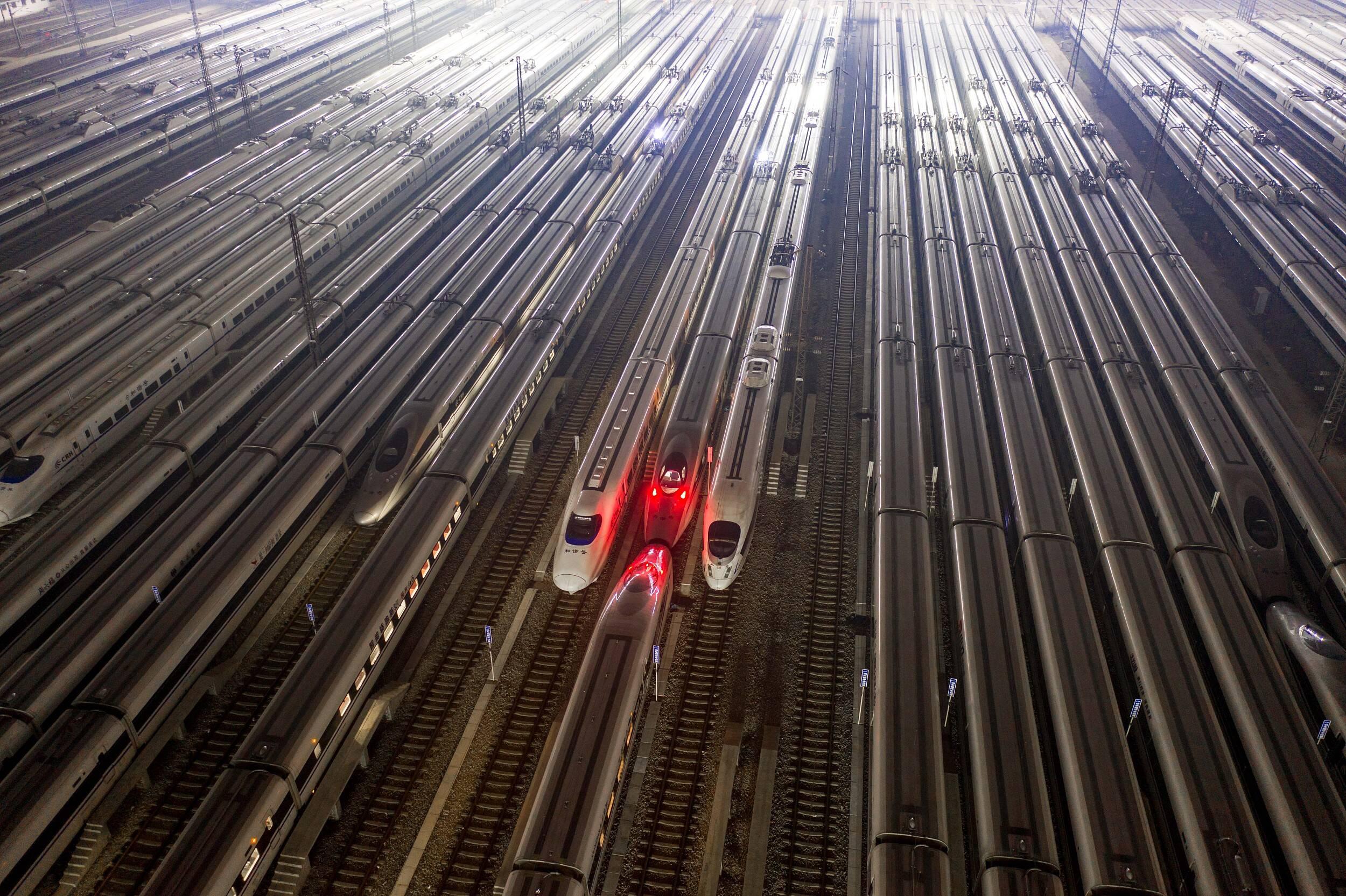 闪电评论丨高铁发展提速换挡 为交通强国绘制壮美蓝图