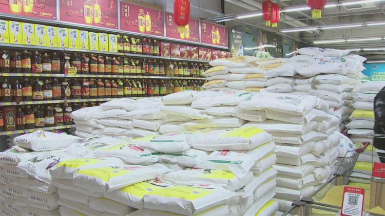 60秒|春节临近潍坊昌邑各大商超市场备足货源 全力保障民生供应