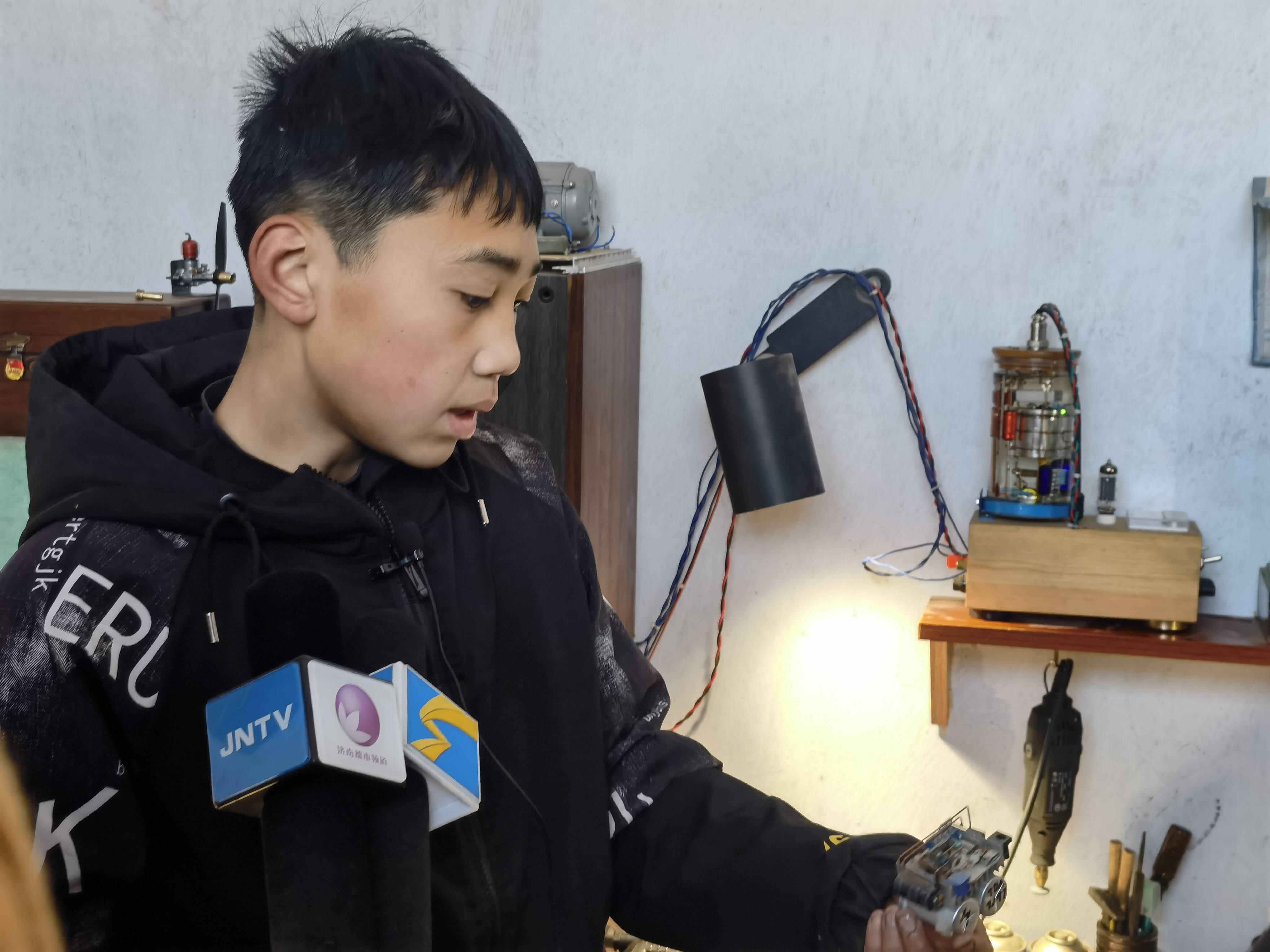 15天自制一辆车!济南15岁少年的梦想是造一架载人飞机