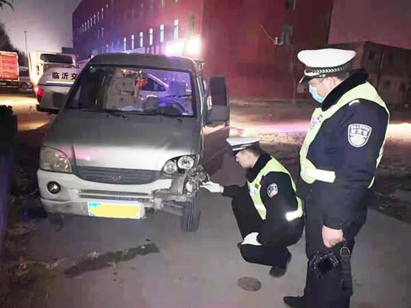 一男子酒驾撞人致其重伤后藏车逃逸 临沂交警仅用两小时就找上门