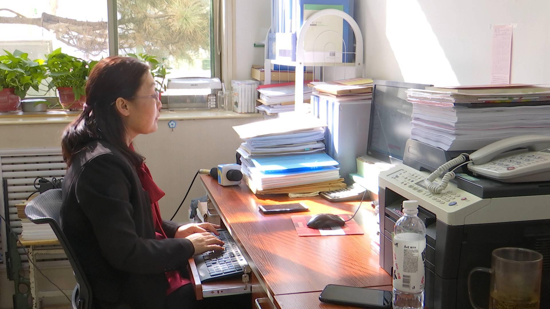 济南一老师坚持每天带领学生读经典:从优秀传统文化中汲取成长的力量