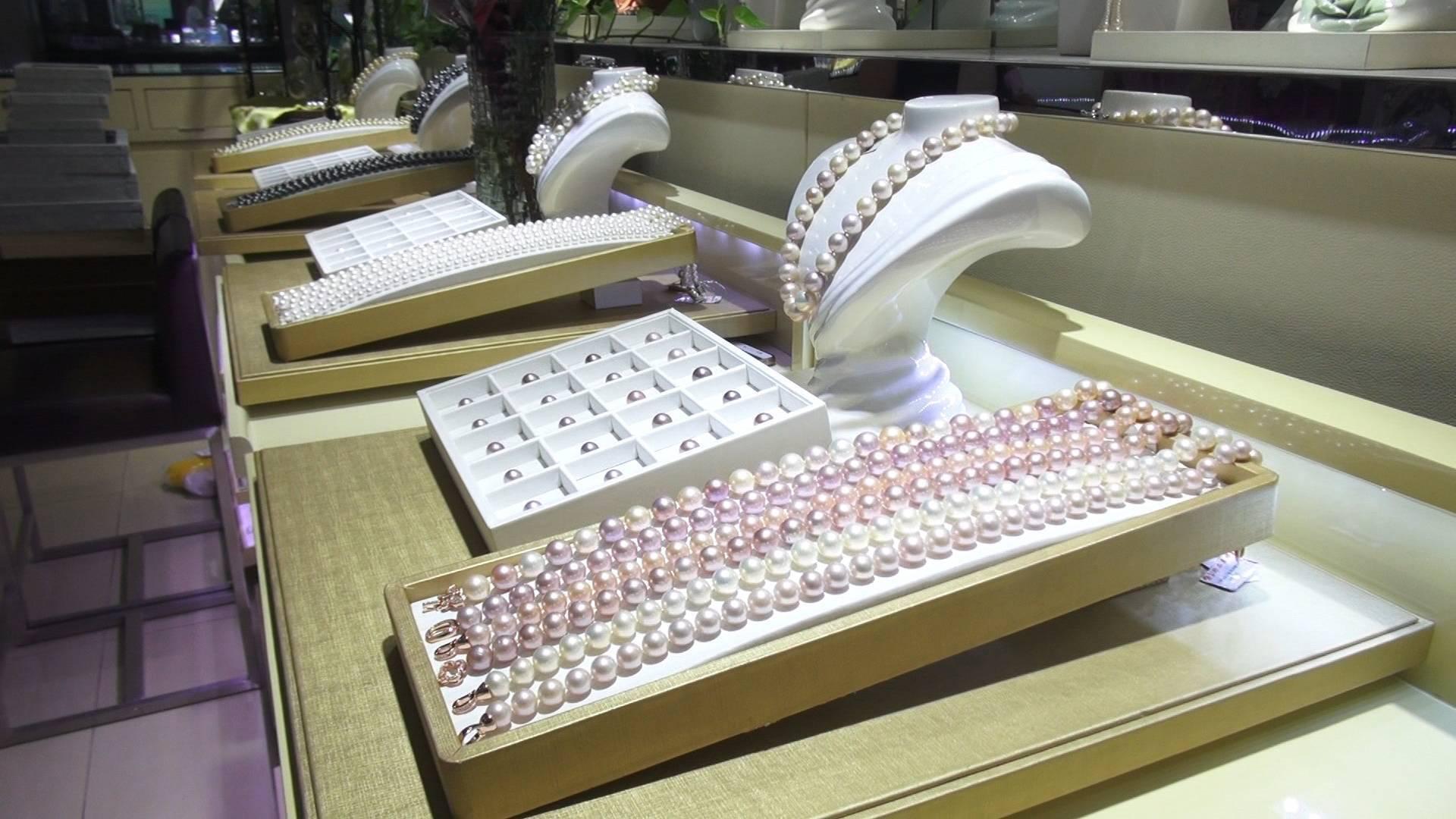 闪电指数 | 黄金珠宝销量激增、在线餐饮交易突破18亿 来看山东人春节怎么花钱