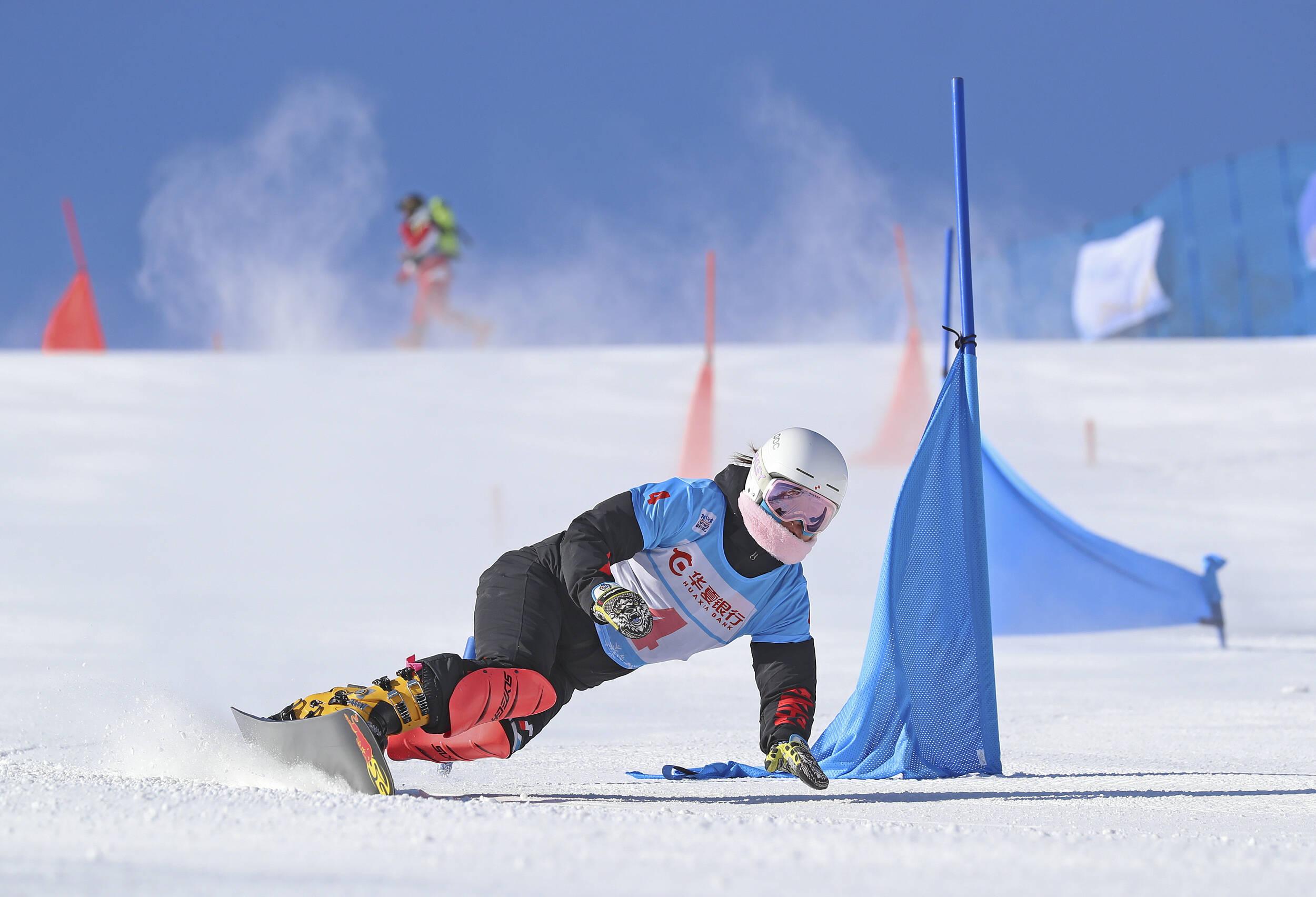 闪电评论丨办好北京冬奥会 与世界双赢和发展共舞