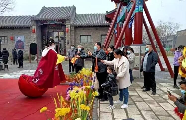年味十足!春节假期聊城接待游客123.4万人次 实现旅游收入7.6亿元