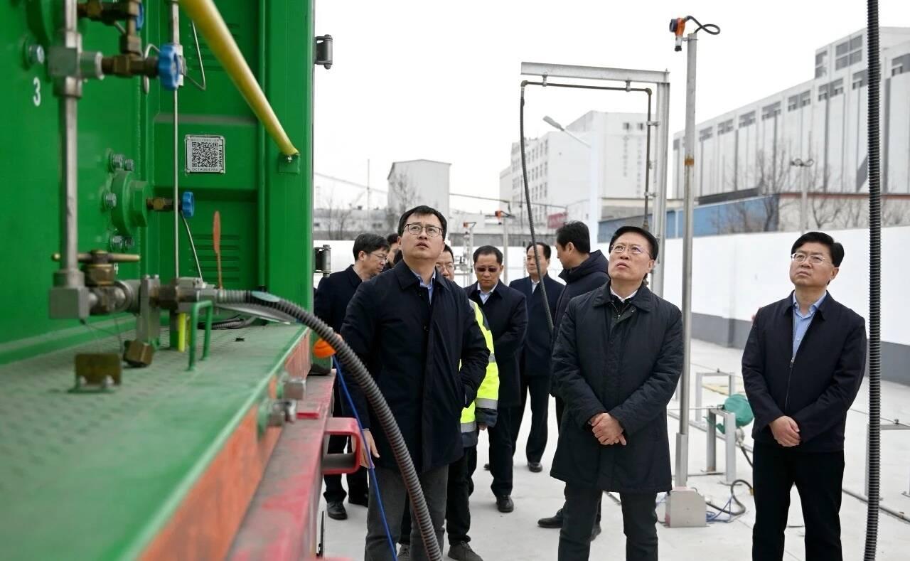 淄博市委书记江敦涛调研氢能产业发展情况