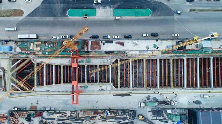飞吧山东|济南经十路沿线地铁4号线开工!设站33座,采用地下线敷设