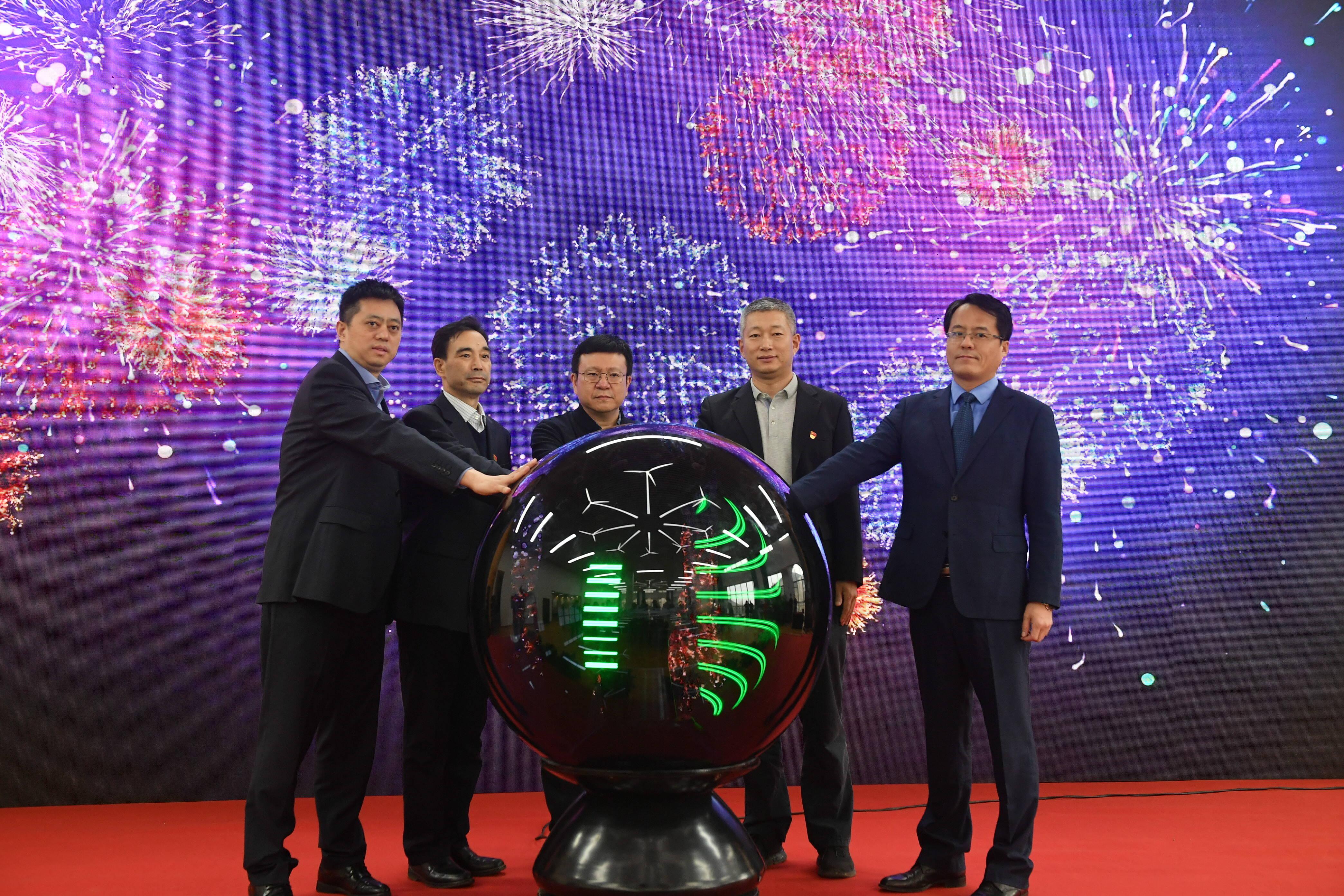 力争实现10个龙头企业区域性总部落户!济南市市中区舜城时代新动能产业园成立