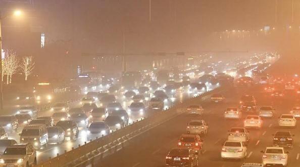 沙尘天气来袭 山东省内高速路段暂未限行 提醒驾驶员出行注意安全