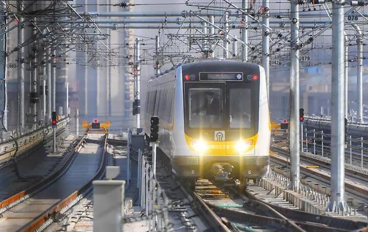 """图解丨哪站离家近、哪站能逛吃?看济南地铁2号线如何成为""""通勤担当"""""""