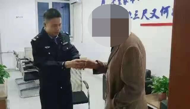 威海:七旬老人报警称孙子走失,民警细心询问发现端倪
