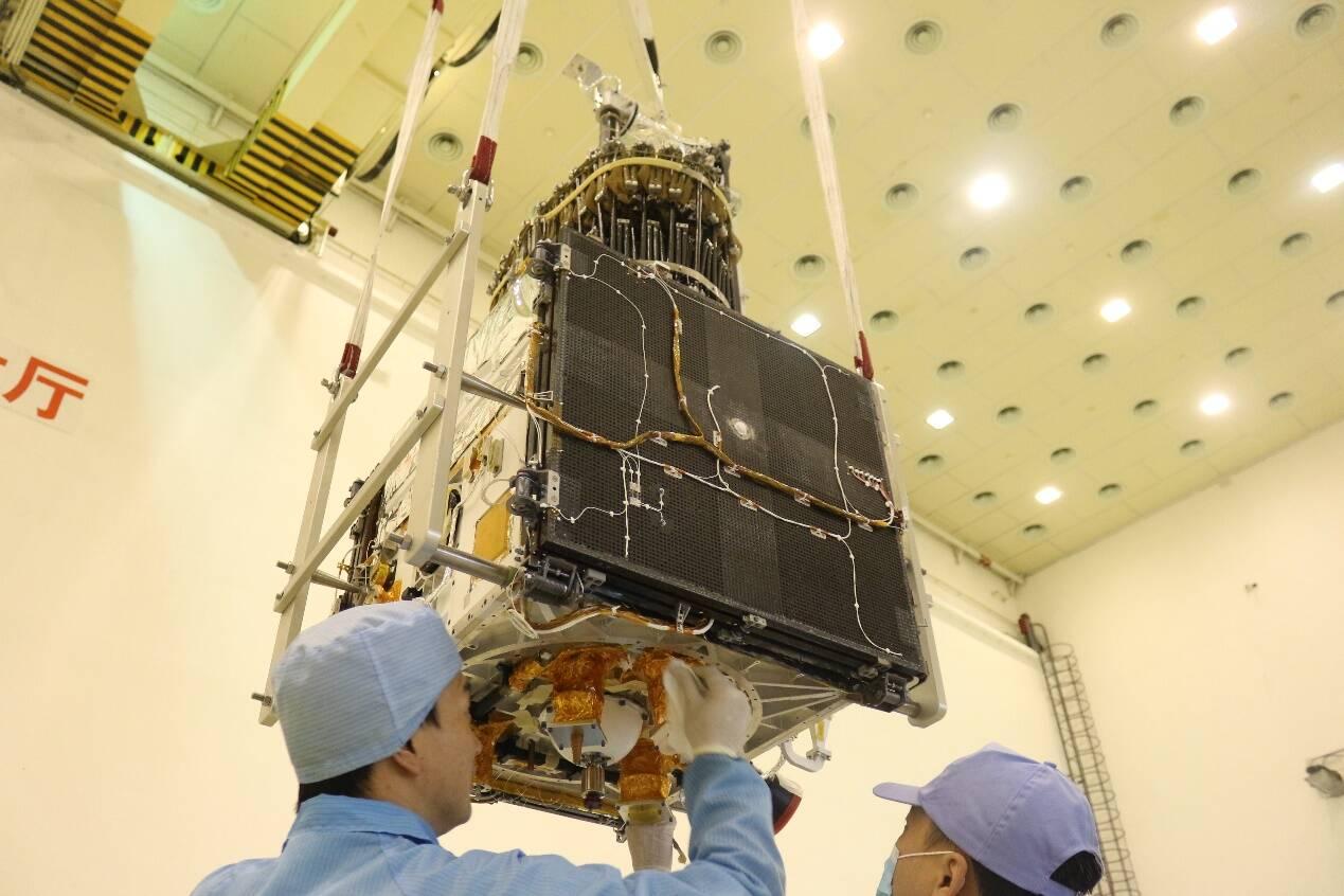 """齐鲁卫星整装待发!""""齐鲁一号""""和""""齐鲁四号""""将于明日首次发射"""