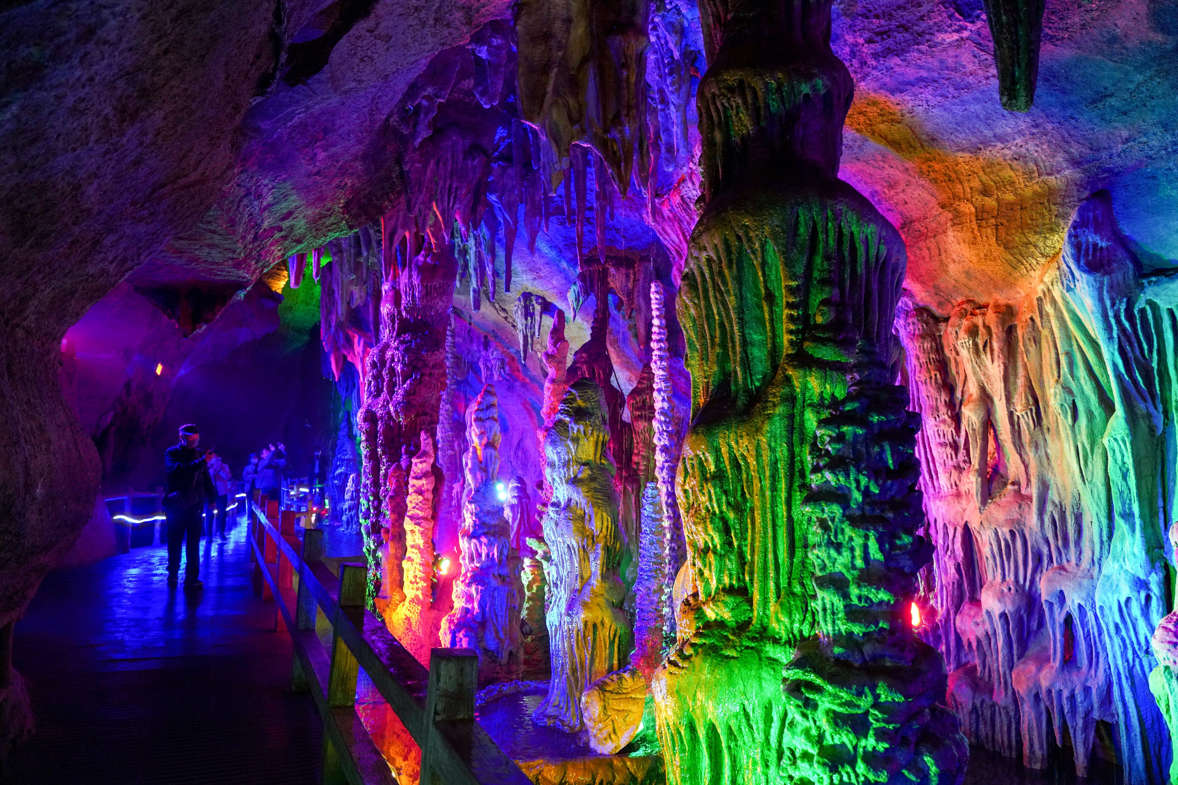 影像力|在山东地下大峡谷内体验最具原生野性的漂流