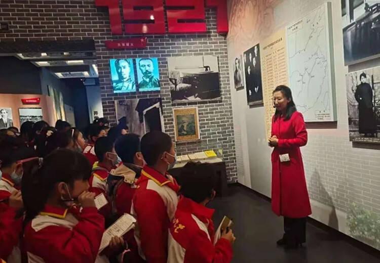 安丘:突出党建引领 铸造红色教育基地 让党史学习教育润泽青少年心田