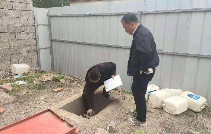 临沂市费县应急局监察大队查封一非法扩建油库加油站