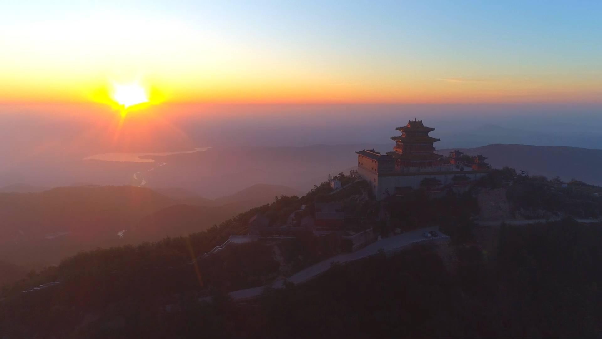 视频丨风光秀丽 底蕴深厚 登沂山感受自然之美