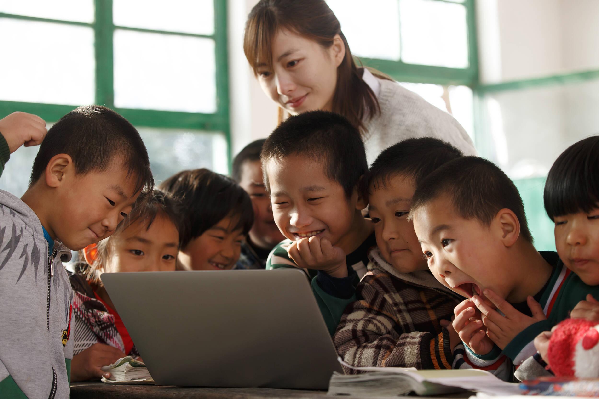 山东共24个推荐名额!2021年乡村优秀青年教师培养奖励计划发布
