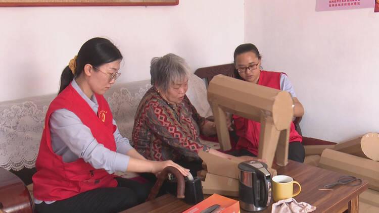 送物资 送技术 潍坊临朐社区志愿者为残疾人送关爱