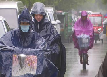 崂山下暴雨了!山东这3个市出现中雨,下午全省多地将有8级北大风