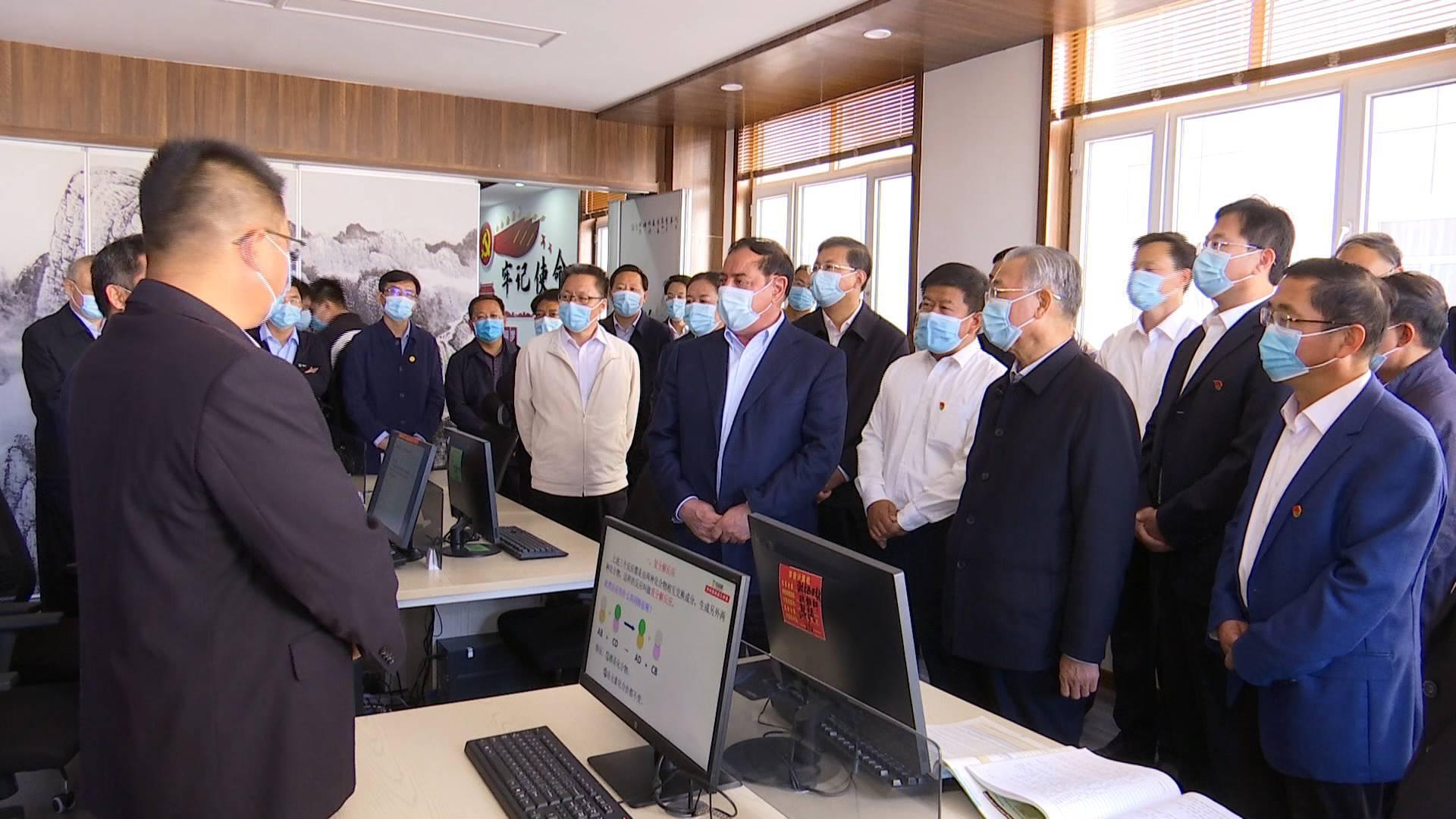 V观时政|山东省党政代表团赴新疆喀什考察对接对口支援工作