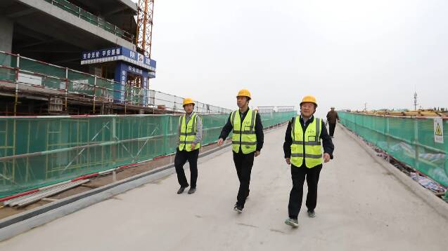 """党员""""打头阵""""、500多名员工日夜奋战!潍坊这个重点项目步入建设""""快速路"""""""