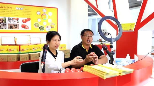 打开网上销路、带动农民增收 电商助力潍坊昌乐做大做强特色产业