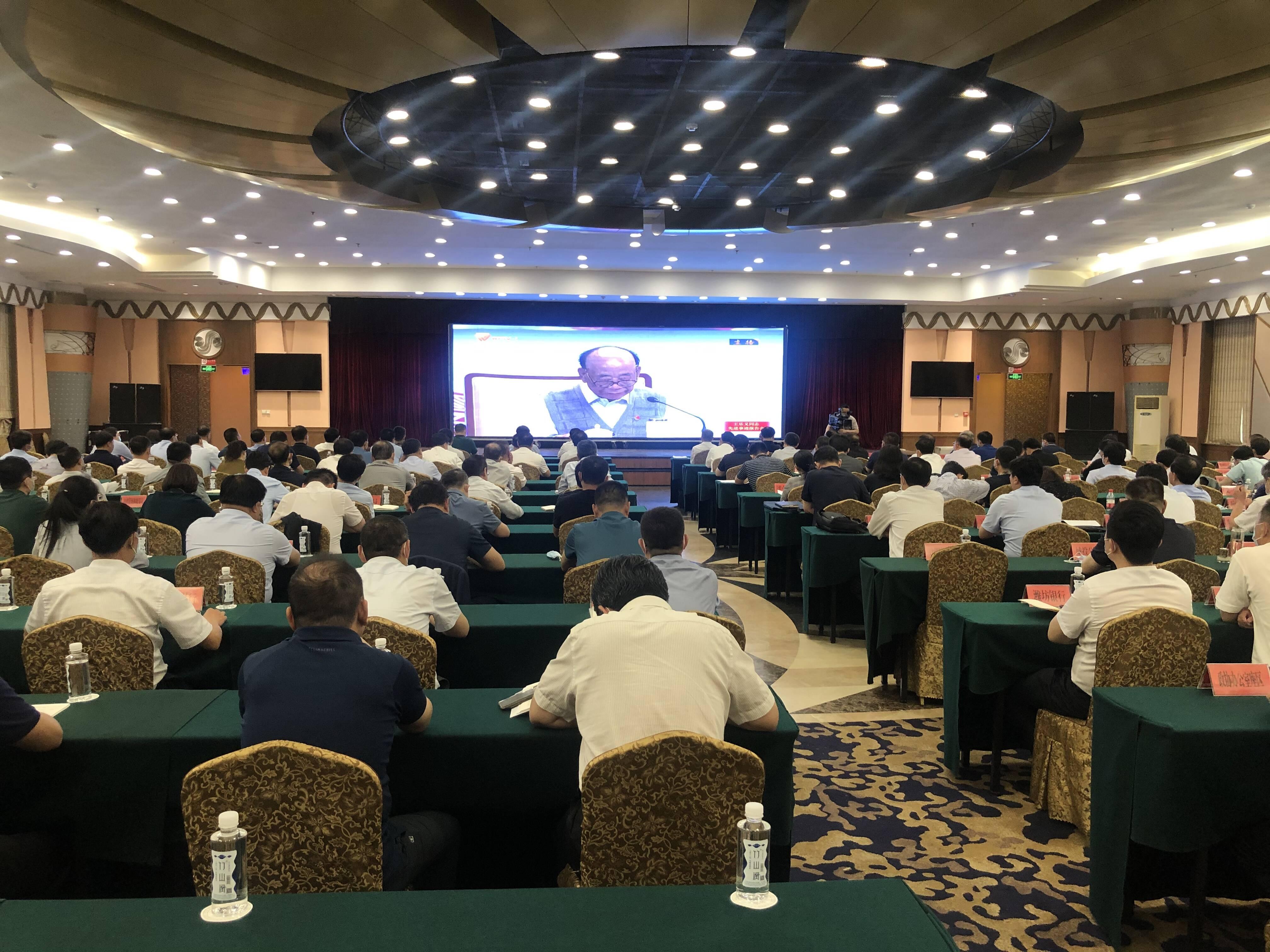 王乐义先进事迹报告会在潍坊诸城引发强烈反响