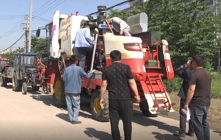 潍坊安丘:开展农机具检修备战夏收 确保颗粒归仓
