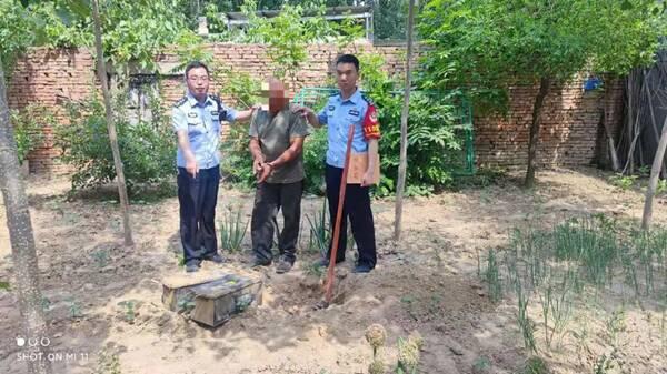 聊城六旬老漢盜竊大車電瓶埋在自家院內 沒等銷贓就被抓