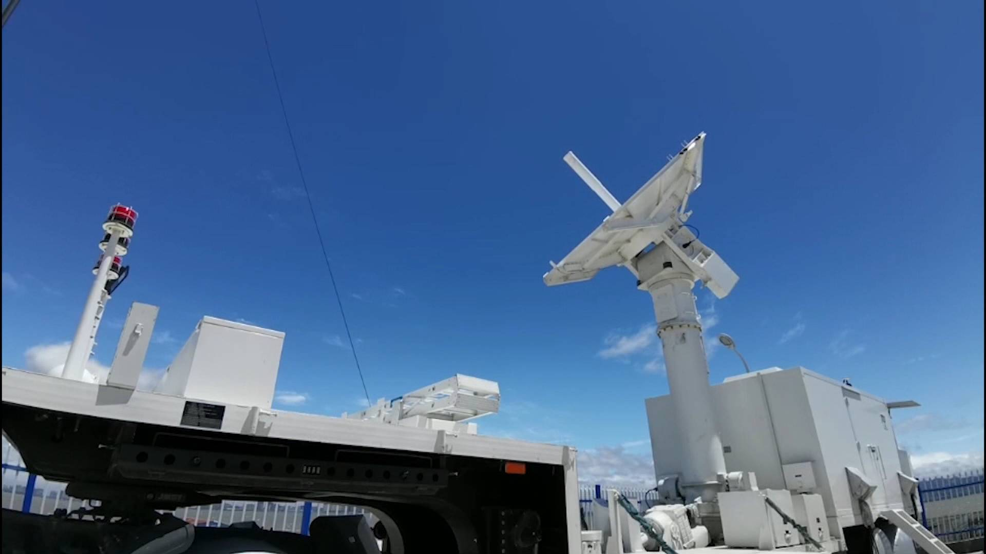 神舟十二号载人飞船升空300秒左右收到青岛指令 青岛测控站护送飞船入轨