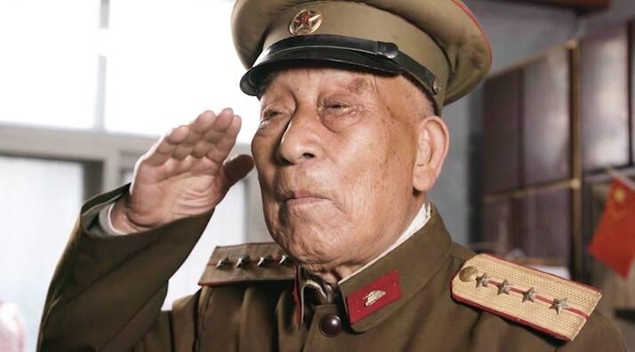 我们正青春⑥ | 独自炸毁敌军坦克 巧擒日军的孤胆英雄滕西远:一生为党作贡献!
