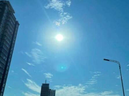 闪电气象吧丨山东28处高温预警!济南升级橙色预警局地超39℃
