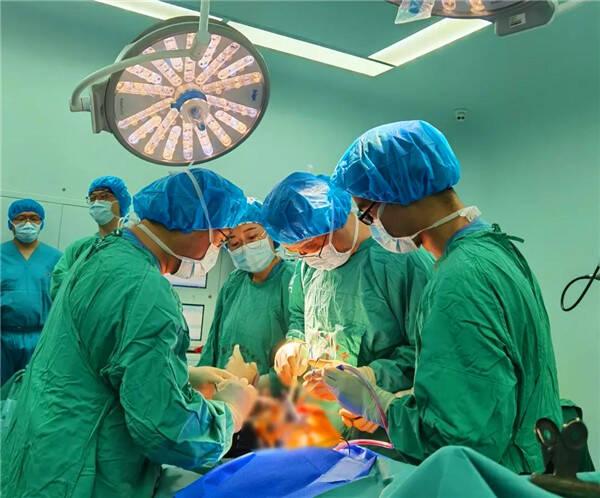 青大附院完成山东省内首例Mako机器人全膝关节置换手术