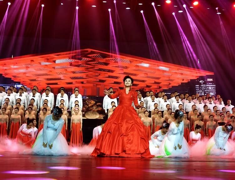 菏泽市庆祝中国共产党成立100周年大型情景史诗剧《人民就是江山》精彩上演