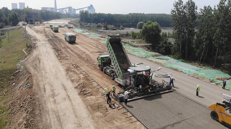 济宁市环湖大道东线工程(太白湖新区段)施工进展顺利