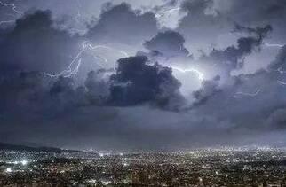 闪电气象吧丨暴雨+雷电+冰雹齐上阵!山东迎新一波降雨,济南、德州已出现冰雹