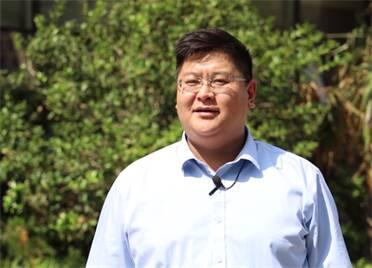 李澤:堅持以人民為中心 做一名有理想、有擔當的新時代人社干部