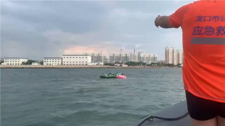 游玩时被风浪刮至深海区 烟台龙口救援队接连救起6名遇险游客