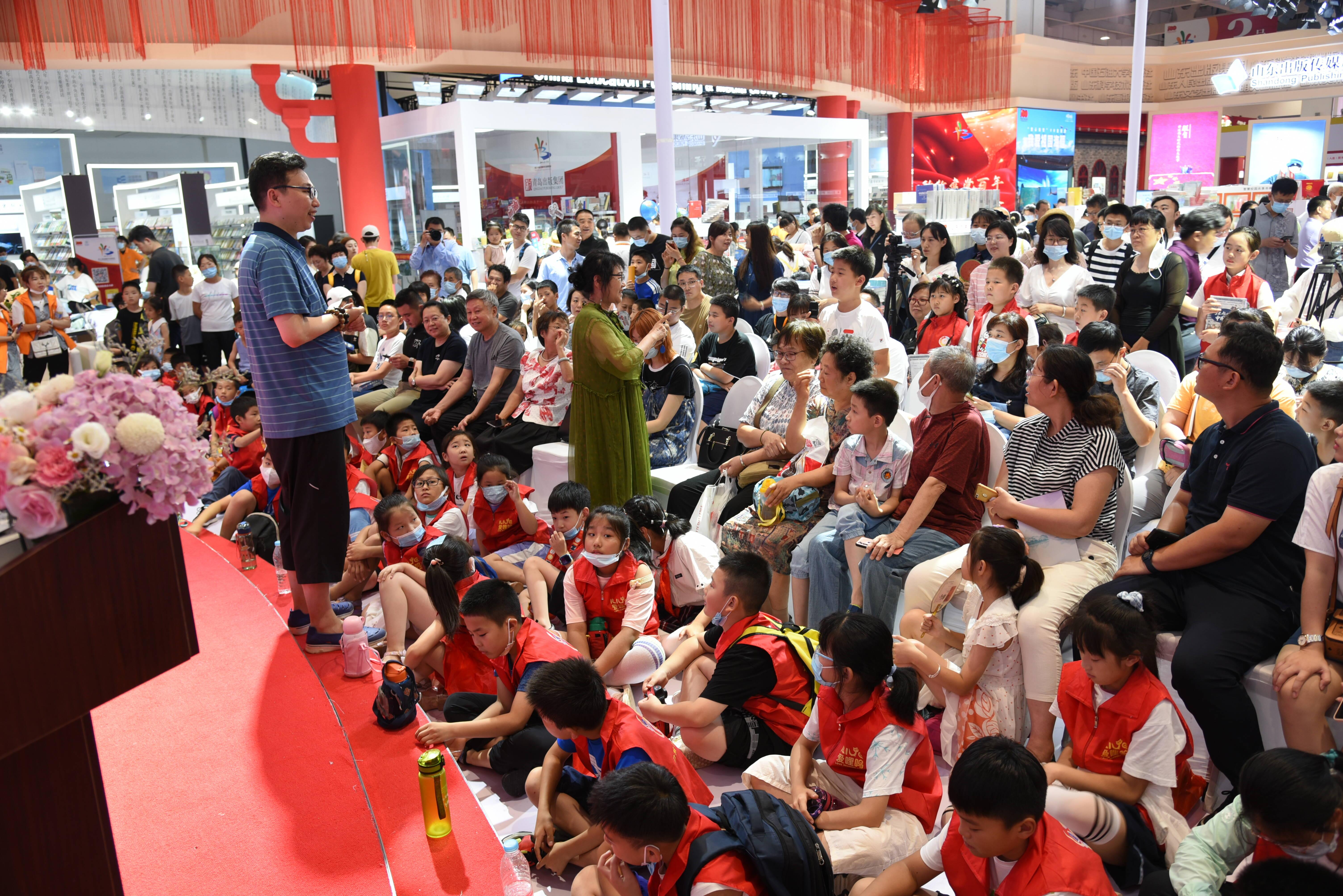 做有担当的中国少年!作家张嵚与小读者现场回味纵贯千年的中国力量