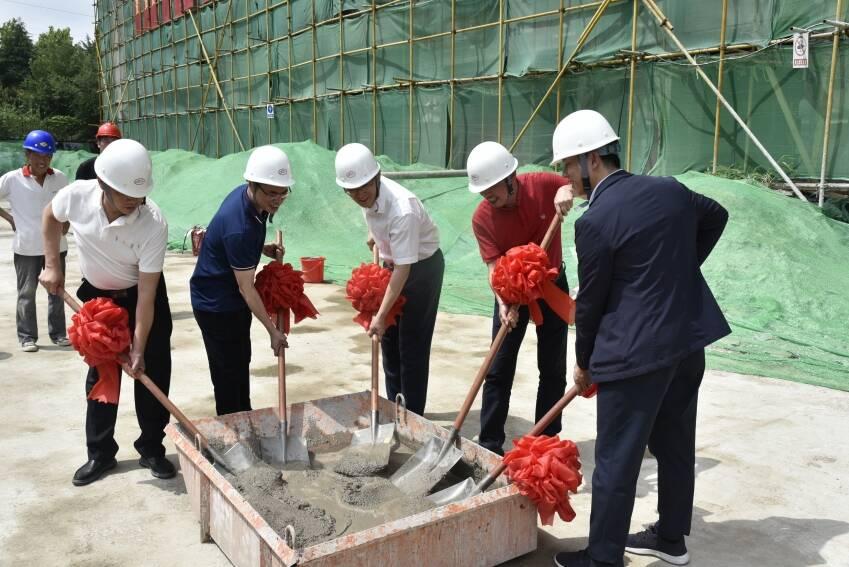 总投资4.2亿元!潍坊这一重点项目在坊子区封顶