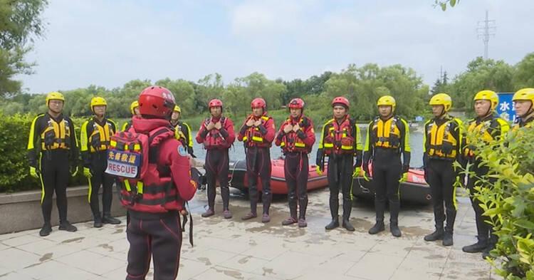 潍坊市寒亭区开展水域救援训练演练 提高防汛应急处置能力