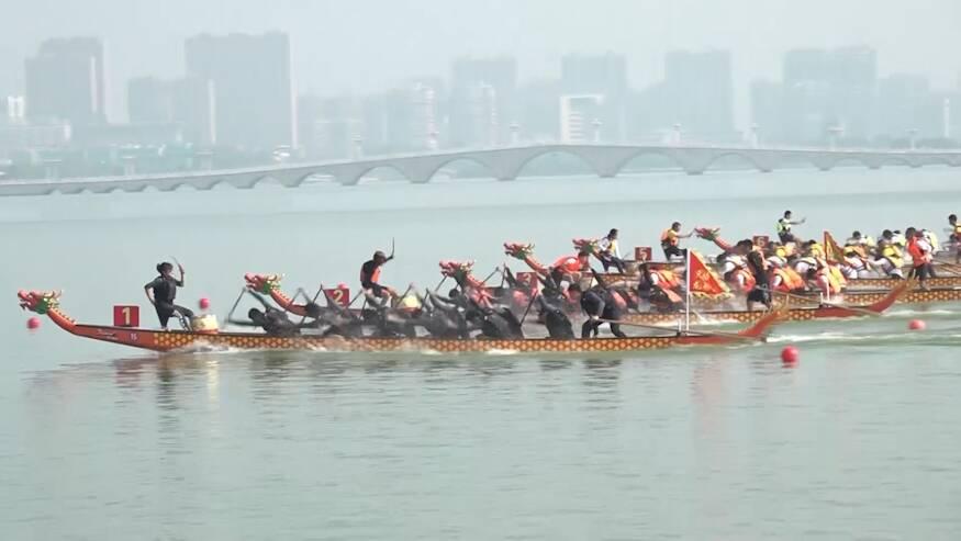 """第九届全国大学生龙舟锦标赛在""""江北水城""""聊城举办"""