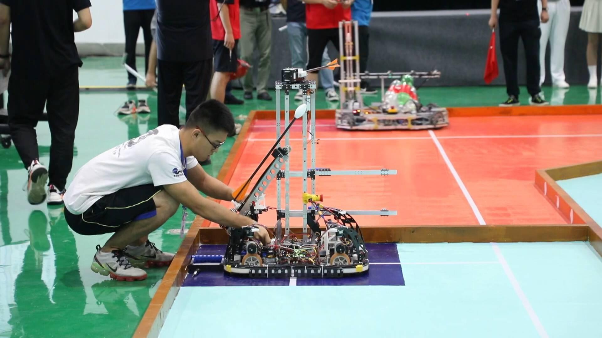 83所高校 116支队伍 2000余人参赛 第二十届全国大学生机器人大赛ROBOCON28日开幕