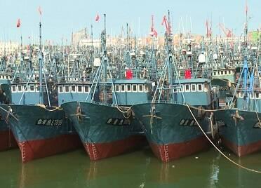 威海榮成市多措并舉 做好漁港防臺風工作