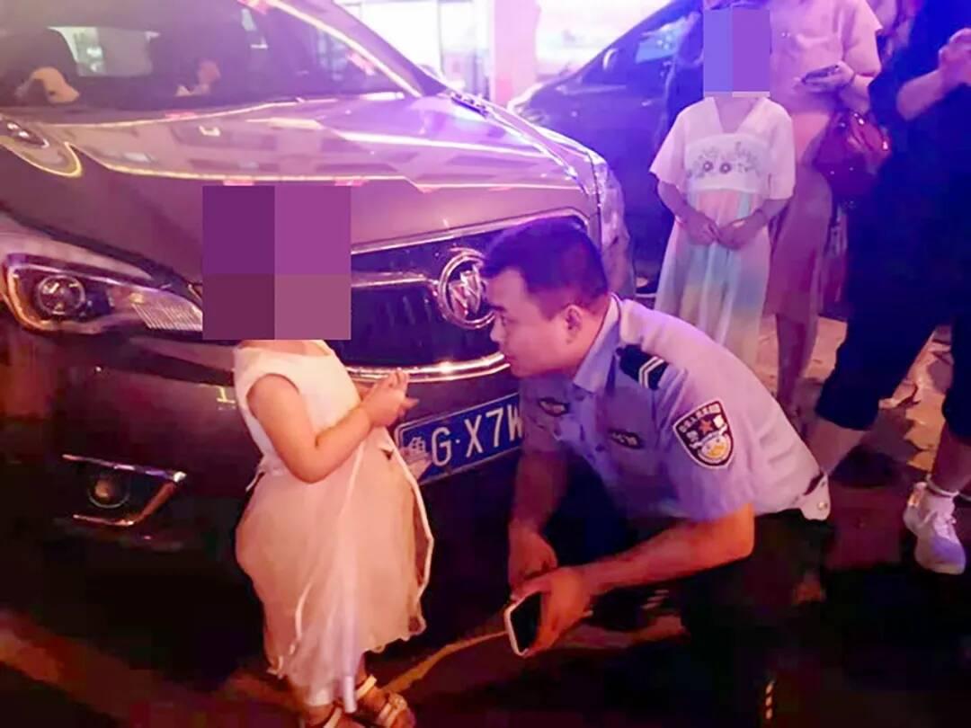 潍坊诸城:3岁幼童赌气离家 警民携手安全送回