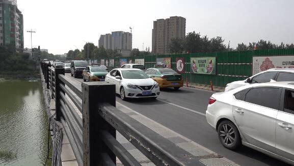 """南半幅""""四车道""""9月启用!潍坊健康街白浪河桥交通拥堵将缓解"""