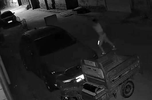 烟台:男子醉酒后砸门砸车 曾3次因酒后寻衅滋事被行拘