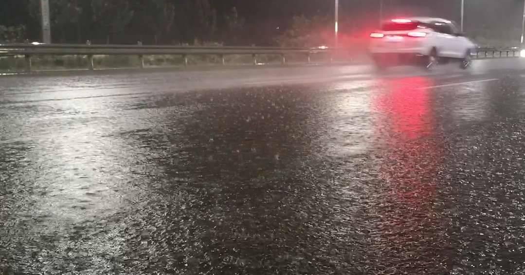 菏泽出现强降水过程 最大降雨点出现在单县龙王庙镇125.8毫米