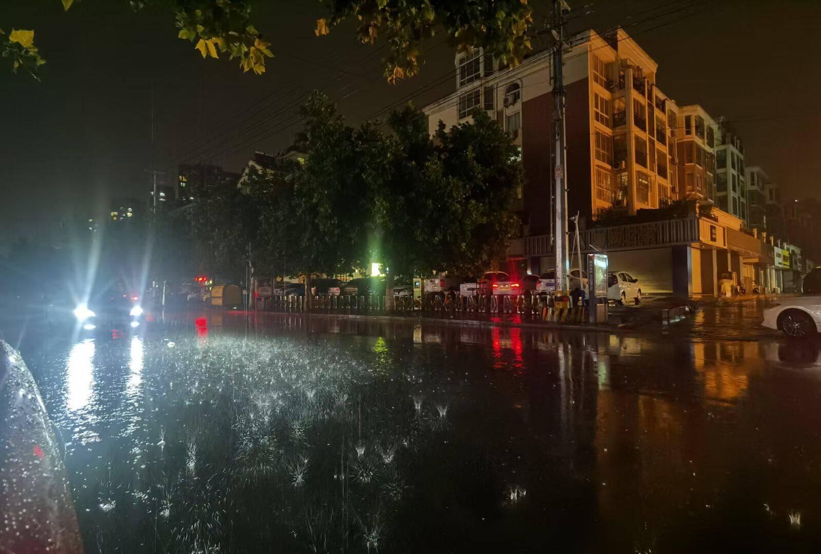 东明、枣庄局地出现大暴雨 鲁东南、鲁中东部、半岛南部今天大到暴雨局部大暴雨