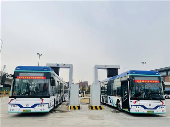 新能源车占比68%,济南公交节能降碳,助力绿色发展