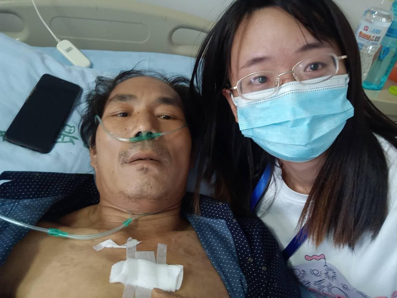闪电帮忙   7岁时母亲去世,父亲现重病住院,山东22岁女大学生借钱救父
